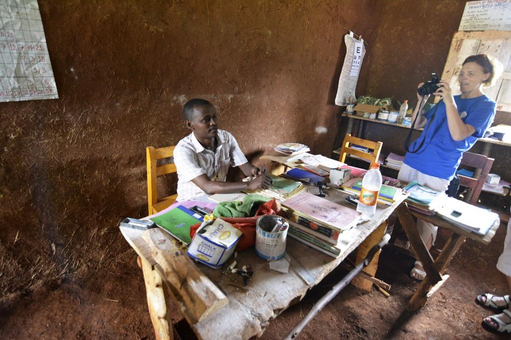 Laima direktoriaus kabinete dorzes kaimo mokykloje