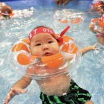 china-one-child-policy-swimming2-small